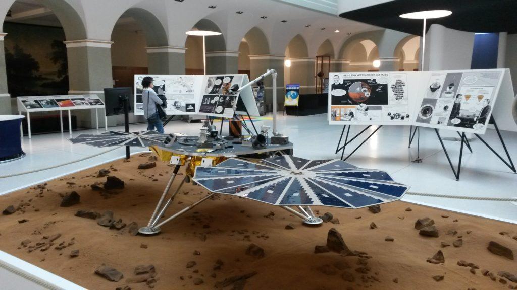 """Landung der Sonde """" InSight """" auf dem Mars am 27.11.2018"""