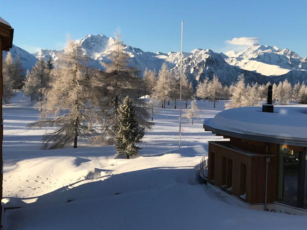 Blick frühmorgens aus dem Hotelzimmer