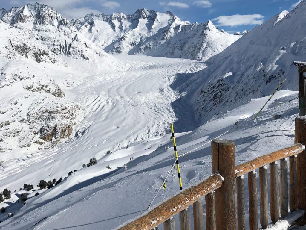 weiterhin sonnige Aussichten von der Moosfluh auf den Aletschgletscher