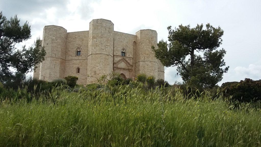 Castel del Monte,  UNESCO Welterbe, einzigartiges Stück mittelalterlicher Militärarchitektur sowie eine gelungene Mischung aus Elementen der klassischen Antike und des islamischen Orients