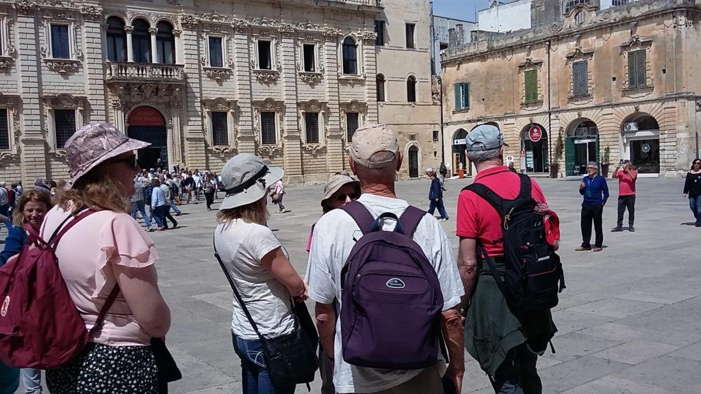 Lecce, Piazza del Duomo, bekannt für seine barocken Gebäude