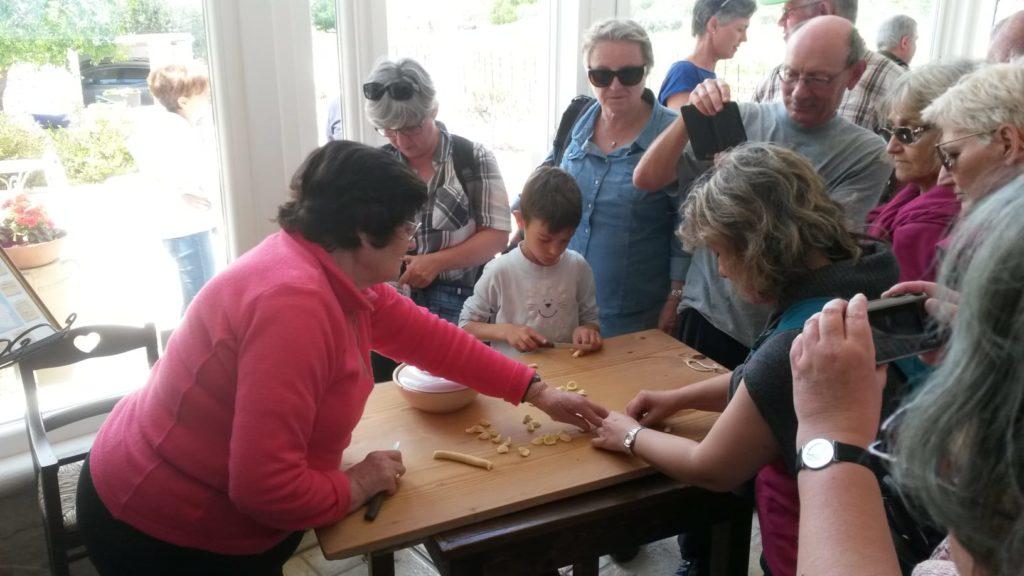 Masseria d'Aprile, Orecchiette alla Nonna fatte in casa