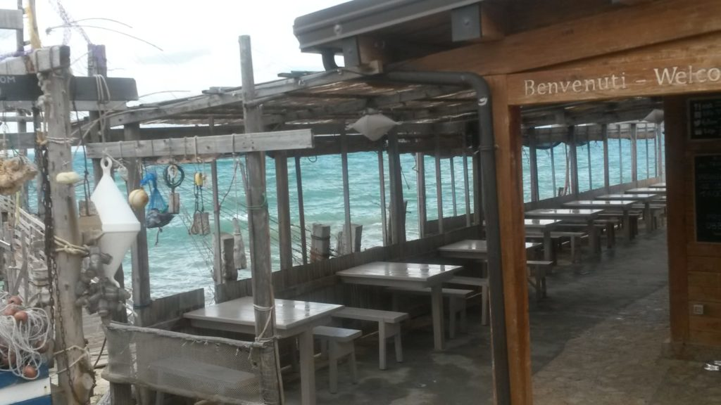 Ristorante Trabucco da Mimì, stürmische Terrasse