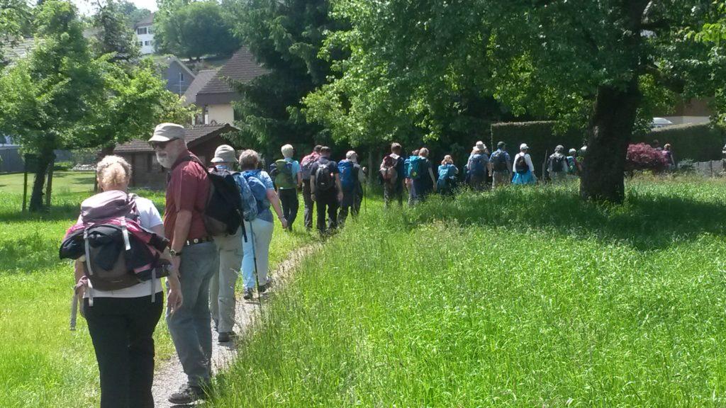 Der TROSS erreicht das Aargauer Dorf Niederwil