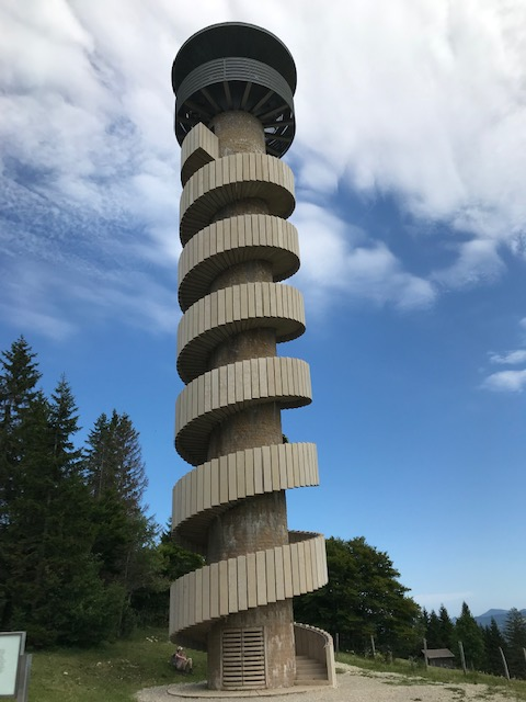 Tour de Moron des Architekten Mario Botta, Höhe 30 Meter