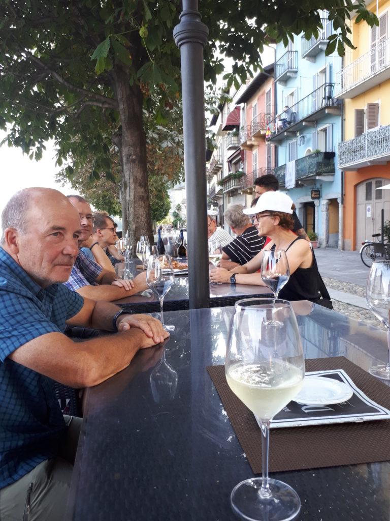 Uferpromenade Cannobio - Nach dem Apéro im DOLCE & CAFFÈ stand die Walking Tour mit IL VIAGGIATORE auf dem Programm.....