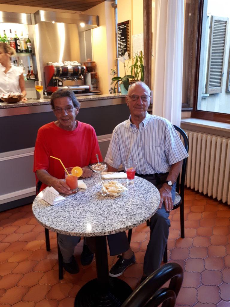 Hotel Il Portico - gemütlich beim Apéro an der Bar