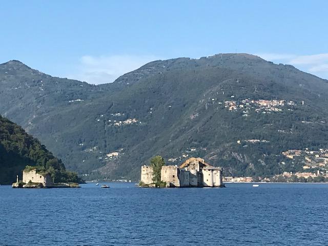 Lago Maggiore - felsige Inseln CASTELLI di CANNERO