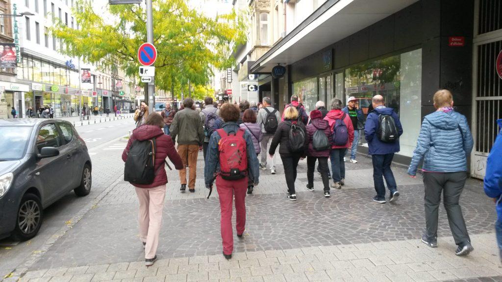 Aufbruch zum geführten Rundgang in der Stadt Luxemburg