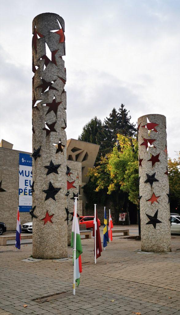 Schengen, Sternensäulen