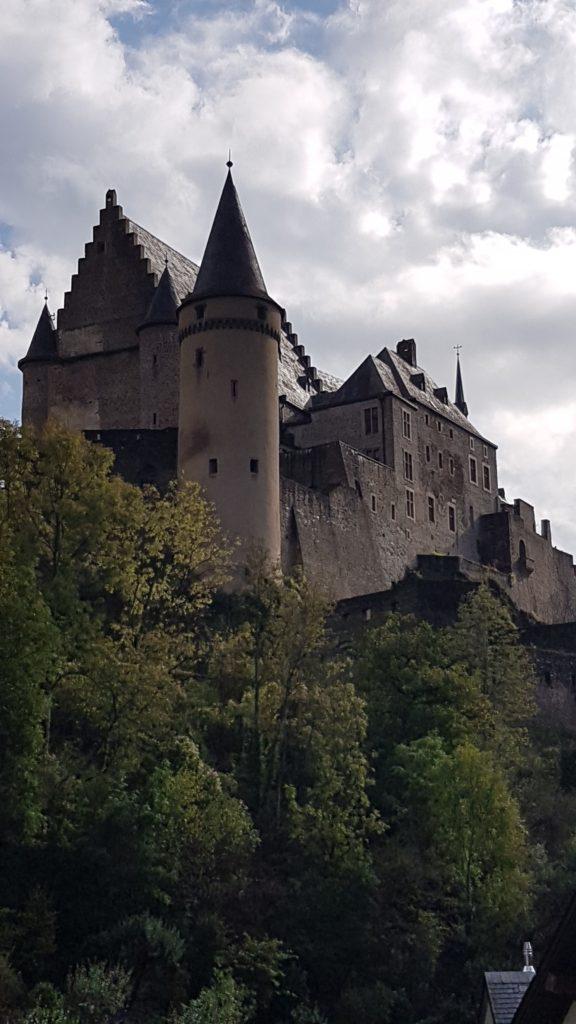 Das Schloss VIANDEN ist eine der grössten erhaltenen Burgen westlich des Rheins.
