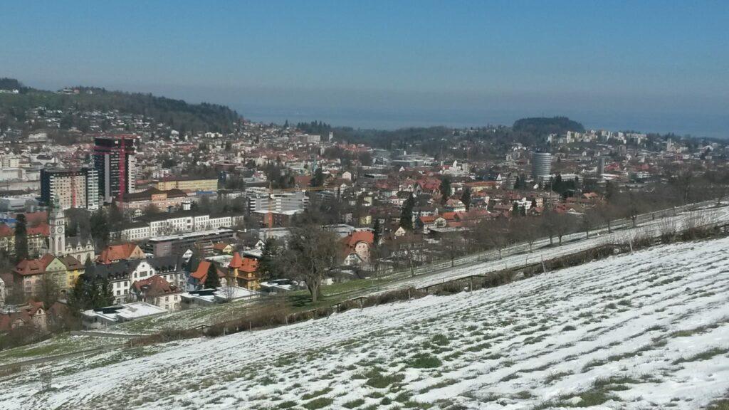 Blick auf die Stadt St. Gallen Richtung Bodensee - 01.04.2020