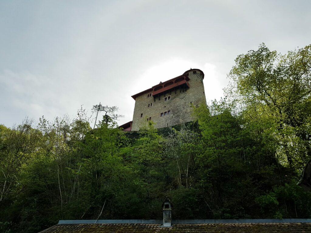mittelalterliche Ritterburg Rotberg auf dem Gemeindegebiet von Metzerlen-Mariastein - 19.04.2020