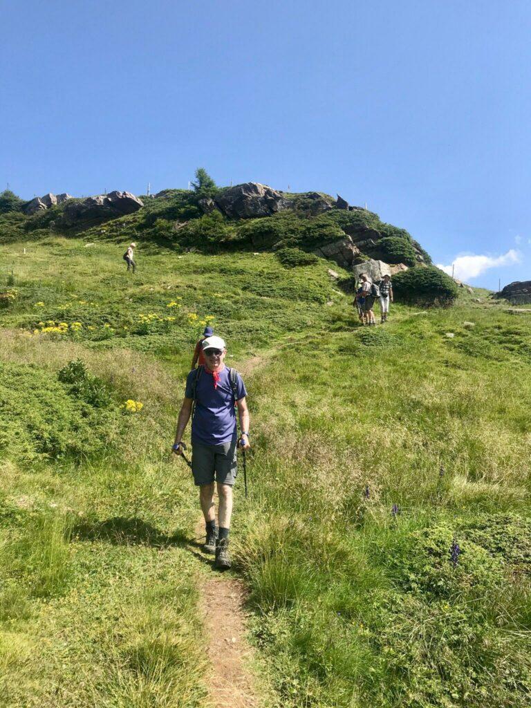Wanderleiter Giorgio hat immer das Ziel vor Augen.