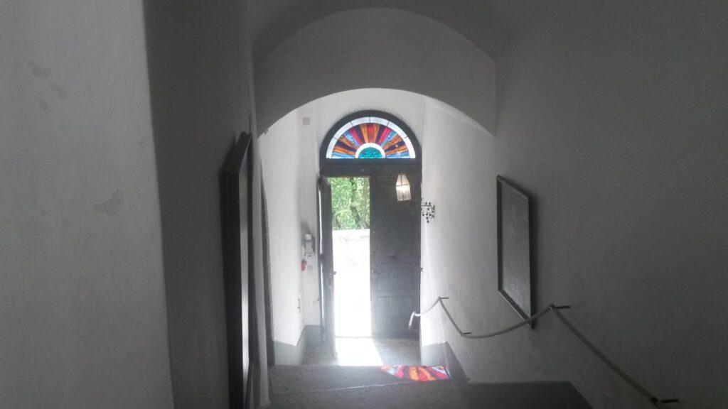 Eingang zum Schloss Grandson