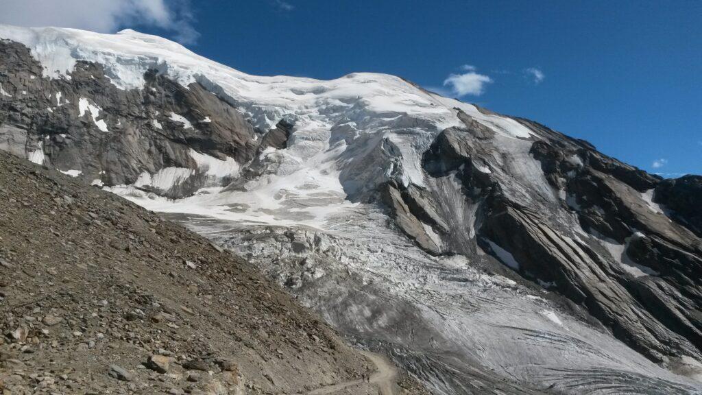 Wie lange wird uns diese Eislandschaft wohl noch erhalten bleiben?