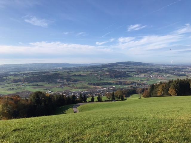 Blick Richtung Norden zum Wanderziel Rotkreuz