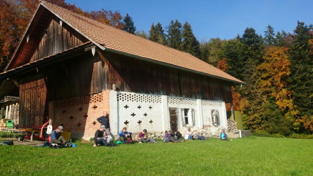 Mittagsrast auf dem Alpenpanorama-Weg
