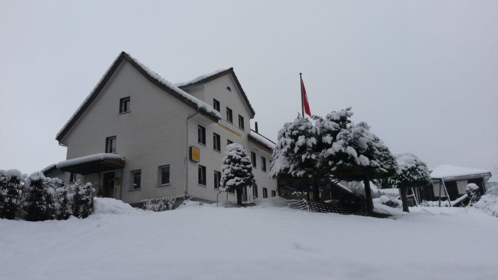 verwaistes Gasthaus Sonnenberg - 10.12.2020