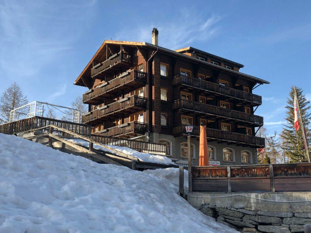 idyllisch gelegenes Hotel zum See, Grächen - Roland