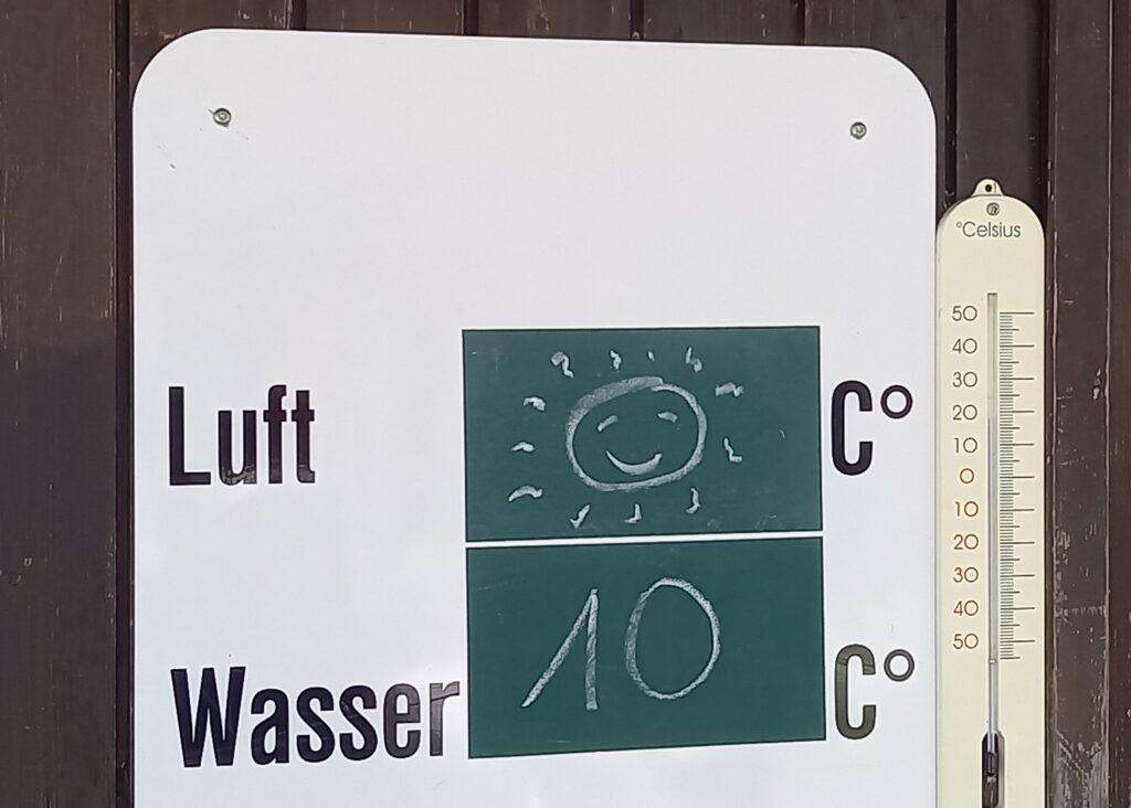 Temperaturen im Strandbad Pfäffikon - 24.04.2021