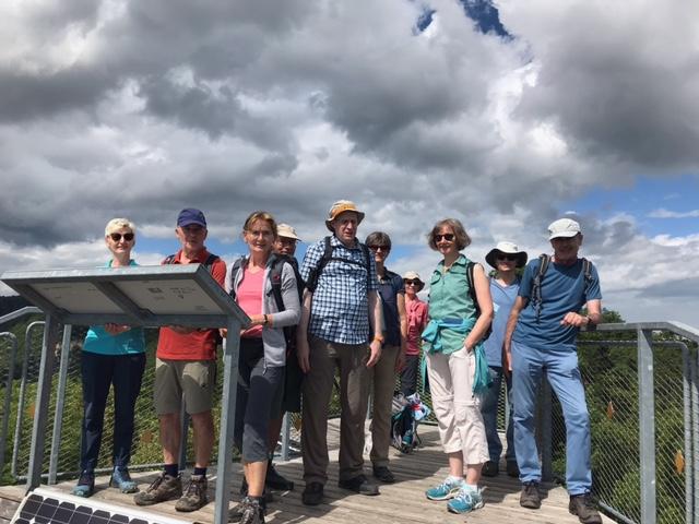 Gruppenfoto auf dem Siblinger Randenturm - 11.07.2021