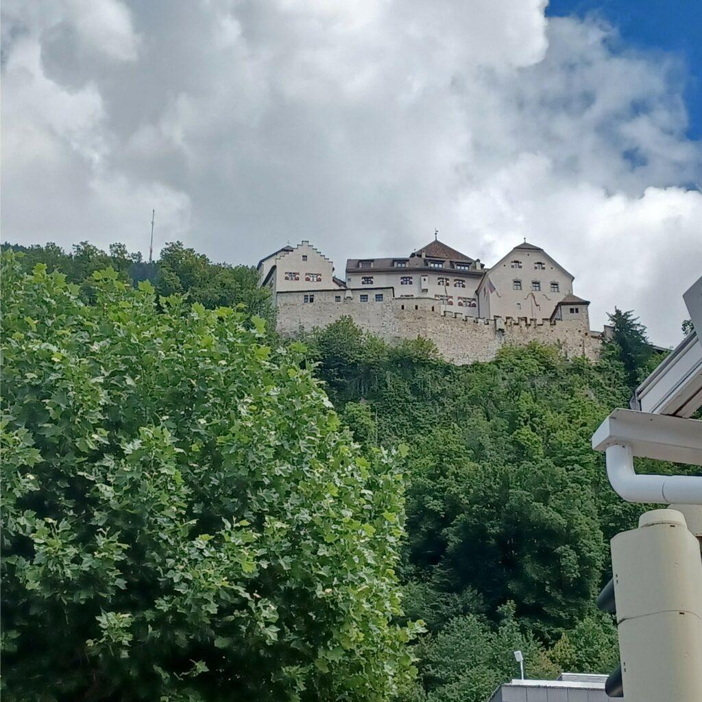 Schloss, Schloss und nochmals Schloss - 09.07.2021