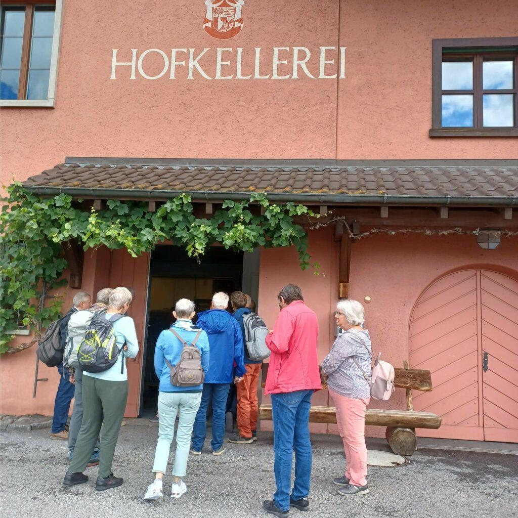 Vor der fürstlichen Hofkellerei in Vaduz - 09.07.2021