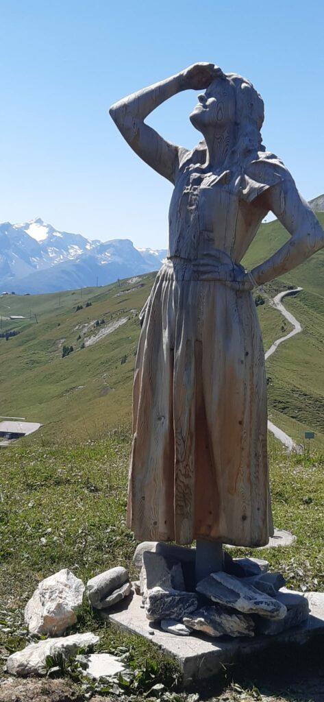 Auch das Vogellisi geniesst die herrliche Aussicht vom Sillerenbühl - 12.08.2021
