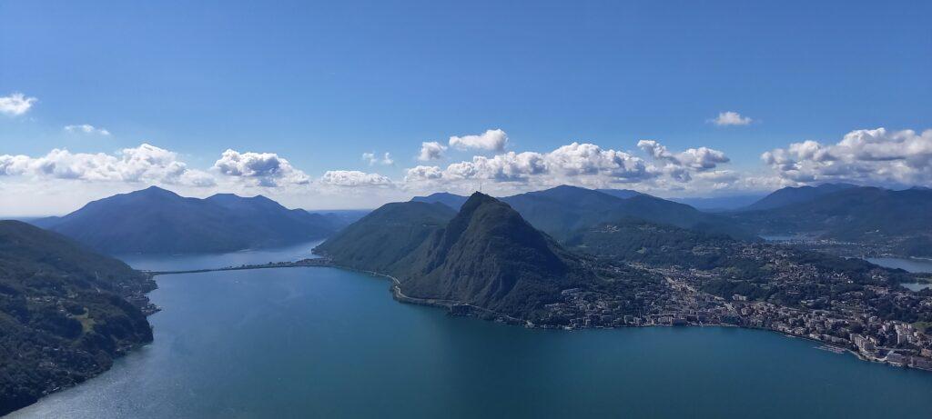 Blick vom Monte Bré zum Monte S. Salvatore bei Lugano - 21.09.2021