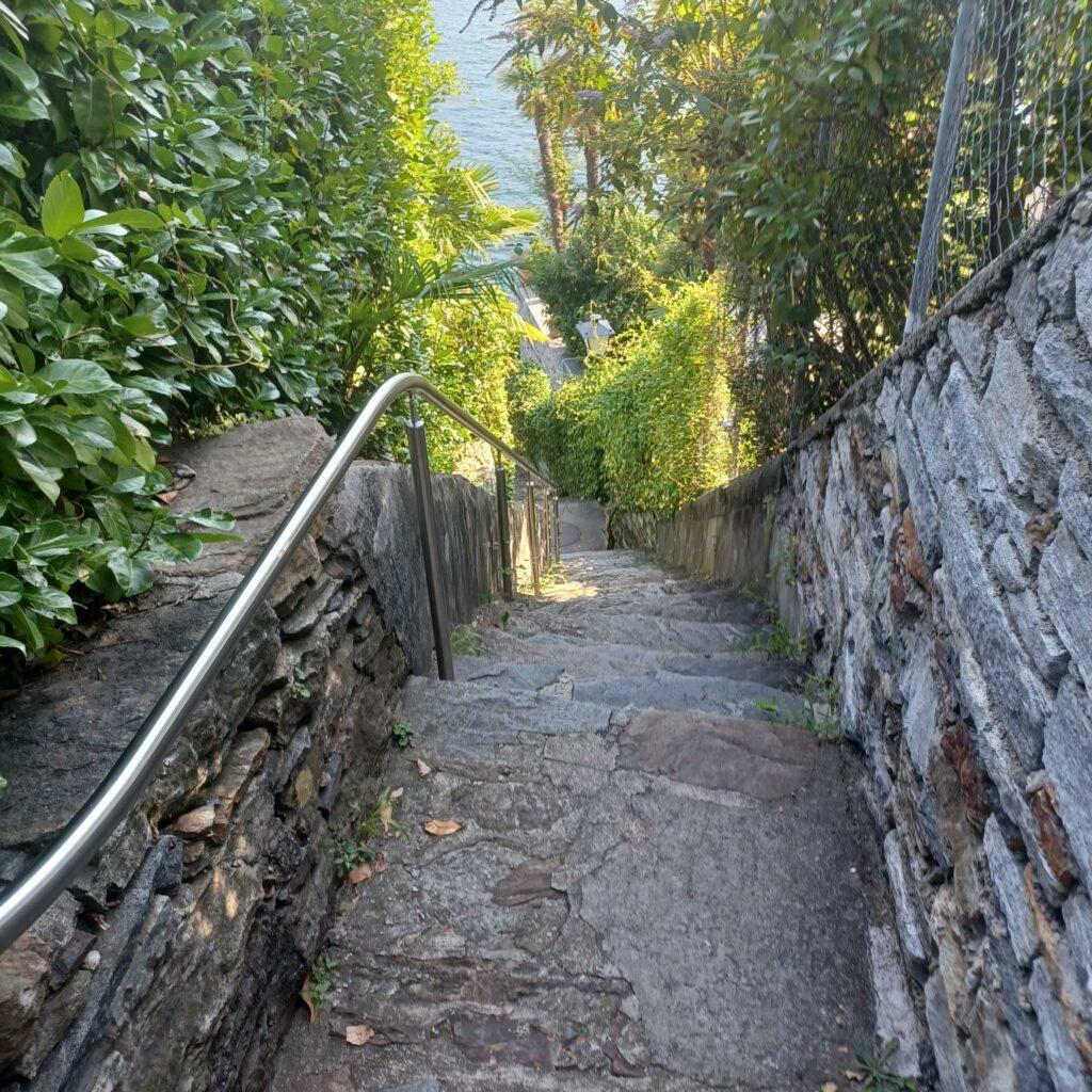 tessiner Treppenstufen in Brissago - 12.09.2021