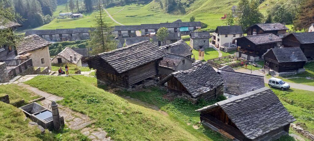 Häusergruppe in Bosco Gurin 13.09.2021